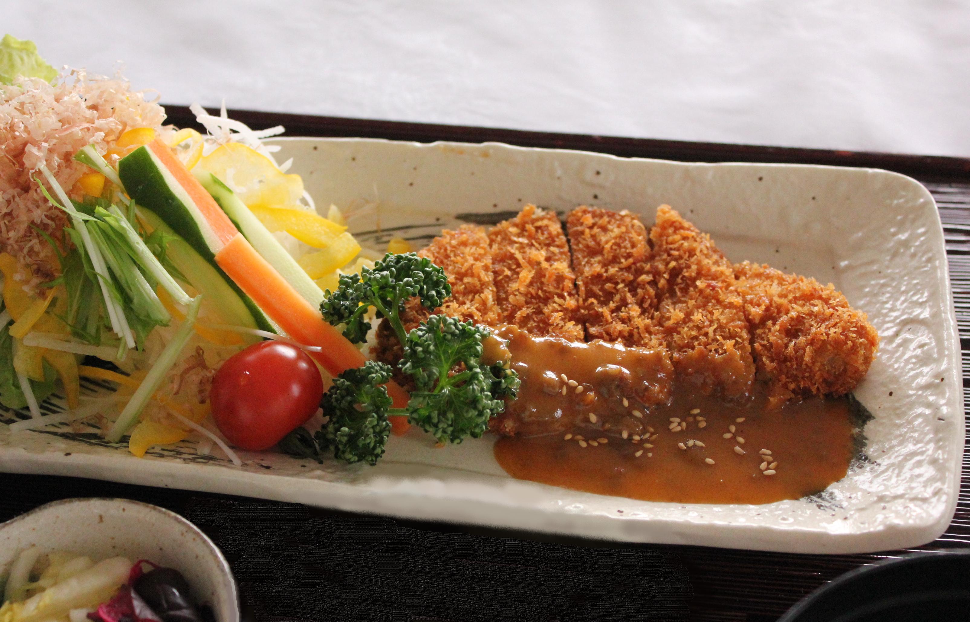 豚味噌かつ定食